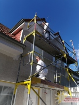 Einfamilienhaus bei Farbenreichem Wetter in meuem Glanz versetzt