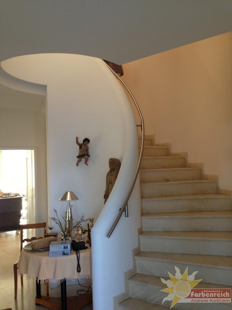 2 gedrehter Treppenlauf