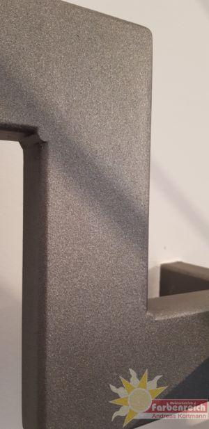 41 Treppengeländer beschichtet in Sandstrahloptik